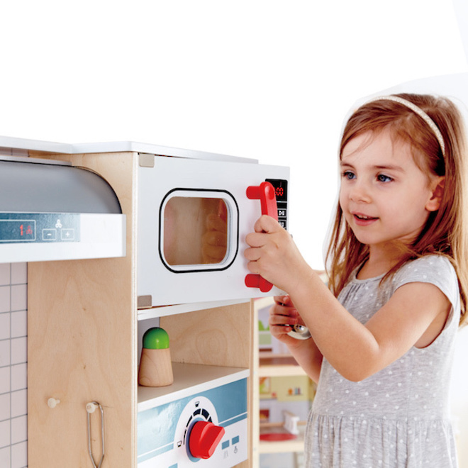 Hape All-in-One Kitchen image 4