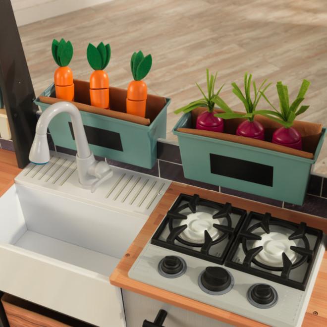 KidKraft Farm to Table Play Kitchen image 3