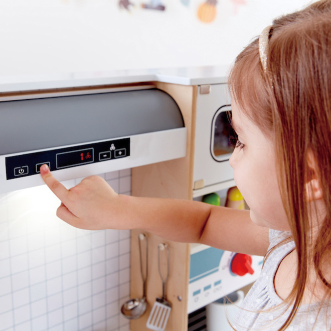 Hape All-in-One Kitchen image 5