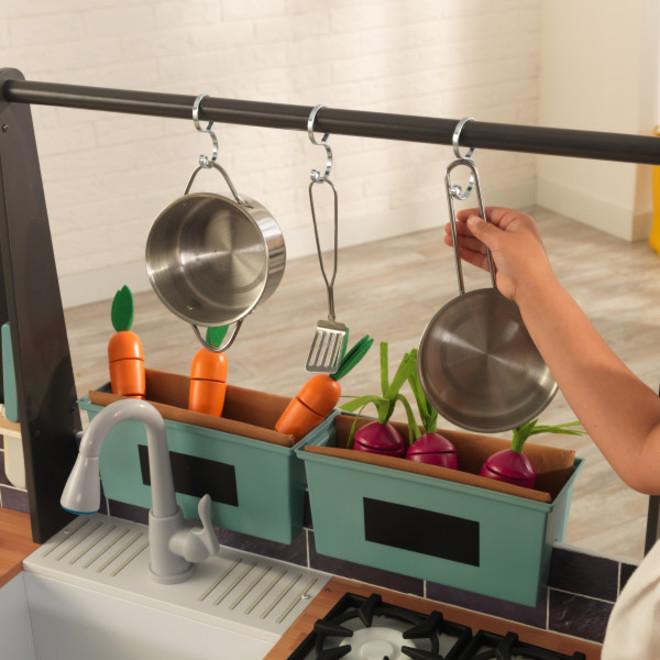 KidKraft Farm to Table Play Kitchen image 7