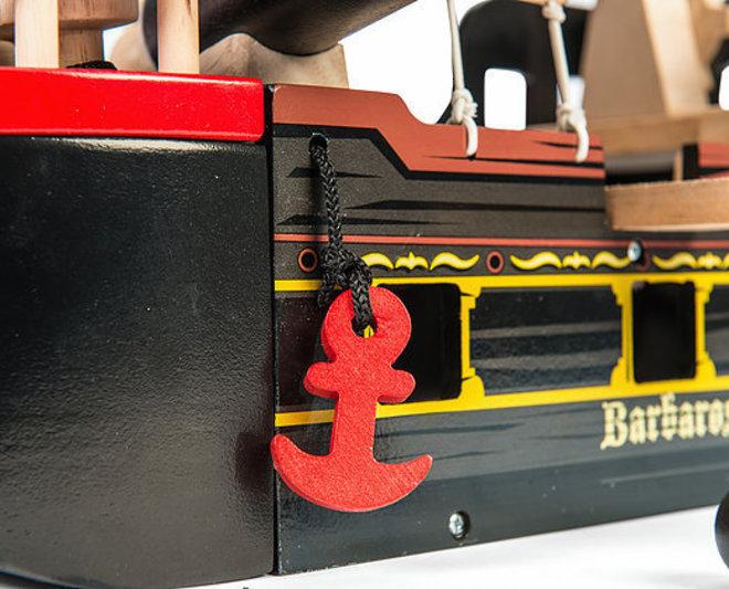 Le Toy Van Barbarossa Pirate Ship image 3