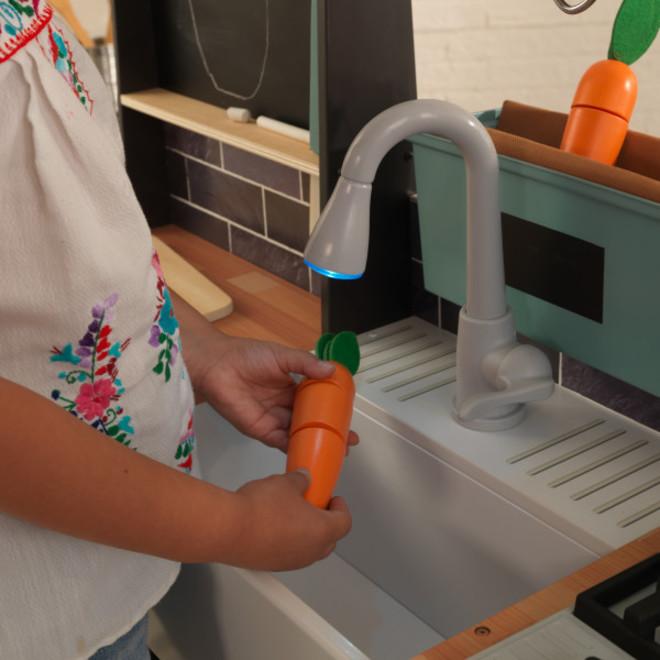KidKraft Farm to Table Play Kitchen image 4