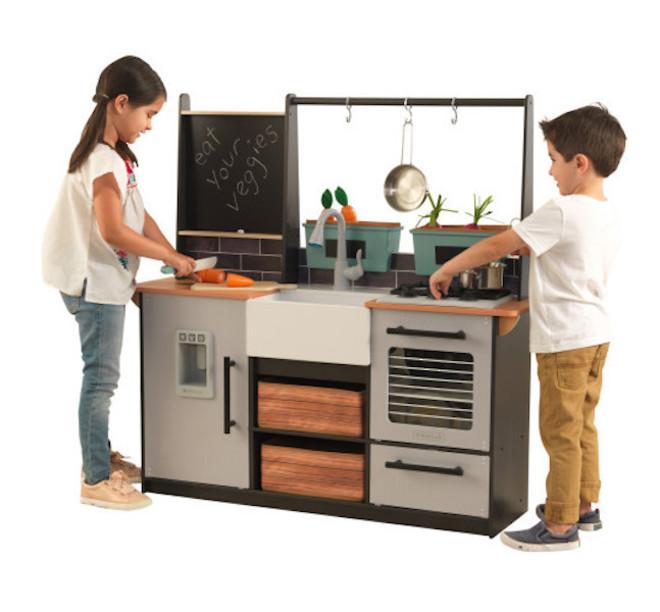 KidKraft Farm to Table Play Kitchen image 10