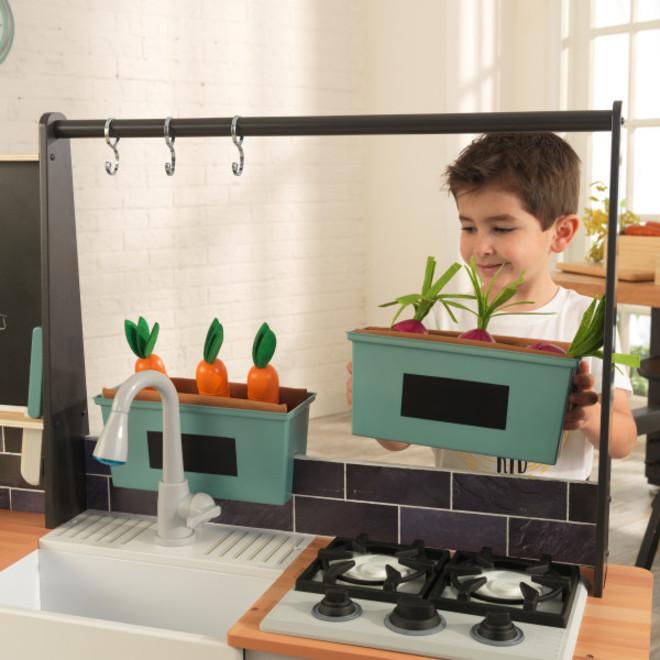 KidKraft Farm to Table Play Kitchen image 2