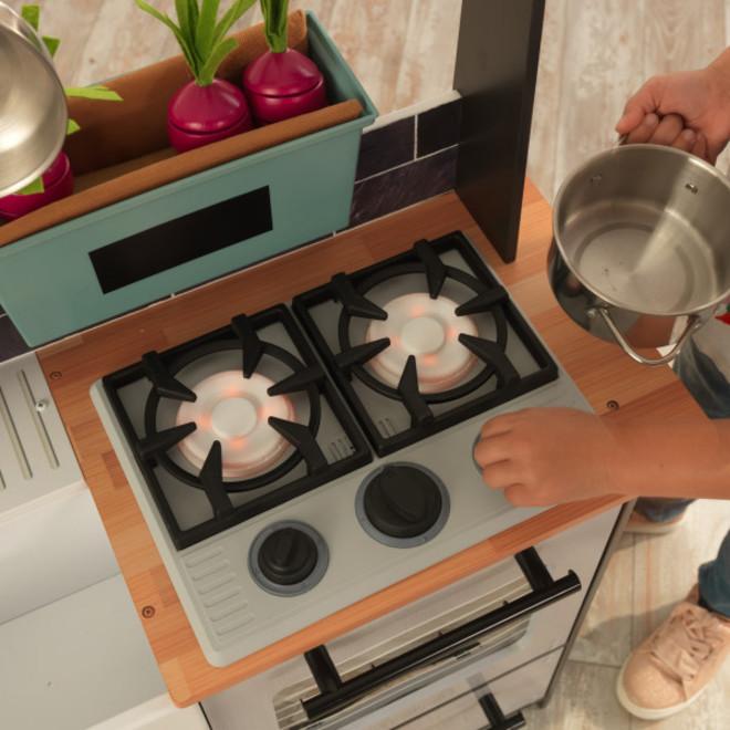 KidKraft Farm to Table Play Kitchen image 5