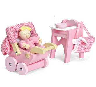 Le Toy Van Nursery Set & Baby