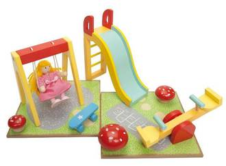 Le Toy Van Outdoor Playset